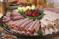 Latest Pictures cold Meat snacks Tips, How to make a Cold Cut Platter thumbnail Listed below are 30 healthy snacks that are. Sandwich Bar, Party Sandwiches, Roast Beef Sandwich, Sandwich Platter, Sandwich Recipes, Sandwich Ideas, Meat Cheese Platters, Deli Platters, Deli Tray