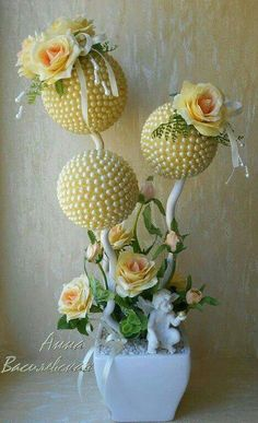 Nylon Flowers, Paper Flowers, Floating Tea Cup, Topiary Centerpieces, Craft Projects, Projects To Try, Bouquet, Topiary Trees, Flower Ball