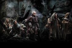 Dwarves Fili (Dean O'Gorman, far left), Kili (Aidan Turner), Dori (Mark Hadlow), and Nori (Jed Brophy) trek through mountainous terrain in Middle-Earth - The Hobbit (Entertainment Weekly exclusive) World Of Warcraft, Warcraft Movie, Warcraft 2016, Warcraft Characters, Fantasy Characters, Hobbit Dwarves, O Hobbit, Hobbit Films, Lotr Movies