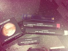 #makeup #mac #esteelauder #bronzer #lipgloss #mascara