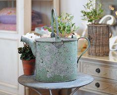 ~ wonderful vintage watering can