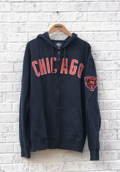 '47 Chicago Bears Mens Navy Blue Striker Long Sleeve Zip Fashion - Image 1 Chicago Bears Gear, Chicago Bears T Shirts, Fashion Images, Fashion Ideas, Women's Fashion, Nfl Bears, Chicago Shopping, Beer Shirts, Casual Outfits
