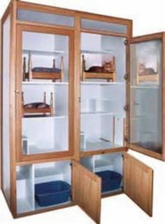 These top-of-the-line cat condos are the ideal way to present cats for adoption as well as to house them in upscale boarding facilities. Cat Habitat, Pet Boarding, Animal Boarding, Cat Kennel, Cat Hotel, Pet Shop, Pet Resort, Cat Playground, Hospital Design