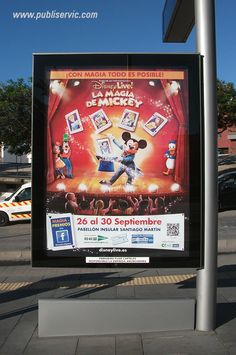 Viaja a Disney, Mupis del Tranvía de Tenerife, ¿te interesa? Contacta con nosotros. #rotulacion #vehiculo #tranvia #publiservic #mupis #marquesina