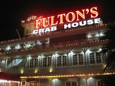 Fulton's Crab House dining review » Dining Around the World » My Time with the Mouse…