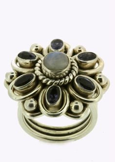 Eyecatching silver moonstone and iolite ring! £15.99