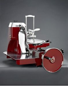Meat Slicers, Butcher Shop, Commercial Kitchen, Charcuterie, Decoration, Catering, Buffet, Projects To Try, Showroom