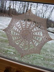 Ravelry: Snowflake Doily pattern by Gloria Yonnone