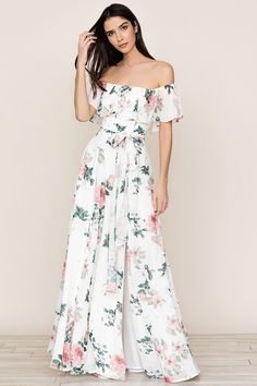 Meet our ruffled Carmen Wedding Guest off-the-shoulder maxi Dress. Floral Dress Outfits, Girly Outfits, Fashion Dresses, Floral Maxi Dress, Cute Dresses, Casual Dresses, Summer Dresses, Maxi Dresses, Vintage Dresses