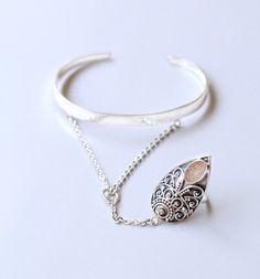 Sterling Silver Ring, Druzy Ring, Hand Chain, Silver Cuff, Slave Chain, Boho Jewelry, Gypsy Jewellery, Bohemian Jewelry, Festival Jewelry