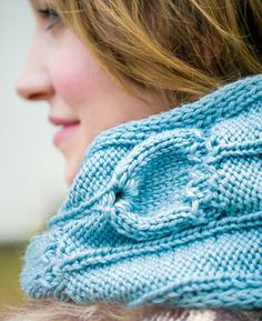 BFF cowl : Knitty Deep Fall 2012 - love the seedpod pattern