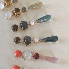 Precious colour combinations of the Lotus collection #exclusive #gemstones #earrings #lotuscollection #18k #gold #olelynggaard #olelynggaardcopenhagen #charlottelynggaard #RG @charlottelynggaard_dk