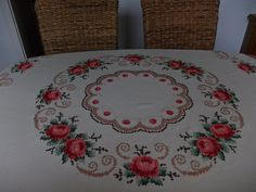 Noble tablecloth around 160 cm from the finest rose embroidery - Stickerei Ideen Hardanger Embroidery, Rose Embroidery, Cross Stitch Rose, Cross Stitch Flowers, Craft Patterns, Fabric Patterns, Cross Stitch Designs, Cross Stitch Patterns, Free To Use Images