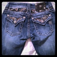 Miss me jeans Size 26. Boot cut! Perfect condition! Offers are welcome! Jeans Boot Cut