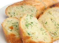 Pasta de Alho no P�o Para Churrasco - Veja mais em:…