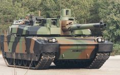 French Leclerc main battle tank, fastest grenade reloader of it's time