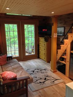 The Otter Den - A 180 square feet tiny house in Canton, Georgia. Designed by Otter Hollow Design - living - photos :  tinyhouseswoon  #2
