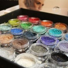 This looks fun! Education day with @gbodyartpro is happening later today. Can't wait to find out all about it! #gbodyartpro #bodyart #bodyglitter #glitter #sparkle