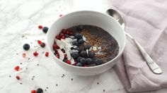 Berry Chia Smoothie Bowl: Low Sugar, High Fiber, Delish: Video - HealthiNation