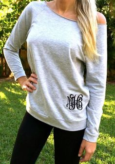 Trendy One-Shoulder Long Sleeve Monogram Print Sweatshirt For Women