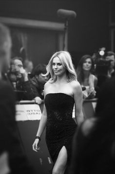 Charlize Theron - red carpet