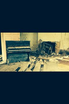 Inside the abandoned house!