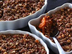 Sweet Potatoes with Pecan and Gingersnap Praline Topping