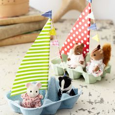 Make a flotilla of egg-box boats with the kids on rainy days On the hunt for new craft ideas for kids to keep them occupied on rainy days? Try making these egg box craft boats with colourful sails New Crafts, Creative Crafts, Arts And Crafts, Paper Crafts, Boat Crafts, Canvas Crafts, Projects For Kids, Diy For Kids, Craft Projects