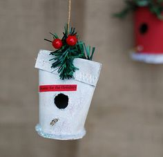 Bird house ornaments...made from toilet paper rolls!