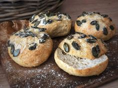 Low carb Brötchen – soooooo lecker low carb ribbon KETO BREAD ROLLS NO eggs,Fluffy low carb rollsLow Carb rolls from Hütt Breakfast On The Go, Low Carb Breakfast, Breakfast Recipes, Detox Breakfast, Low Carb Bread, Low Carb Diet, Healthy Protein, Food Dishes, Low Carb Recipes