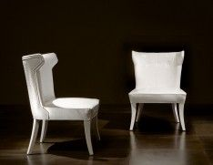 Nella Vetrina Rugiano Guenda 5032 Upholstered Occasional Chair in White