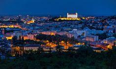 Bratislavské pohľady - Slovaakia Bratislava, Homeland, Paris Skyline, Cities, Dolores Park, History, Travel, Historia, Viajes