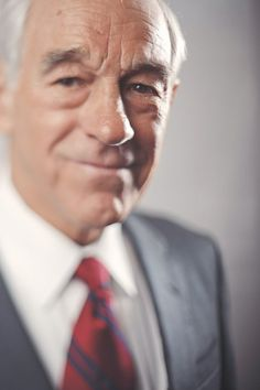 beautiful editorial portrait of Ron Paul taken by awesome photographer Sam Hurd! #depthoffield