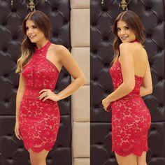 {Red♥️ by @unicas_store } Vestido de renda vermelho com fundo nude!