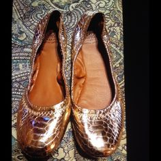 Lucky Brand ballet flats Snakeskin copper print. Ballets excellent condition excellent price Lucky Brand Shoes Flats & Loafers