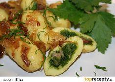 Bramborové šišky plněné špenátem recept - TopRecepty.cz Dumplings, Main Meals, Sprouts, Zucchini, Side Dishes, Pizza, Bread, Vegetables, Anna