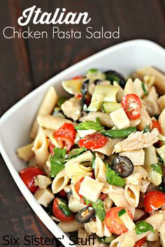 Italian Chicken Pasta Salad from SixSistersStuff.com - the perfect recipe for a hot day!