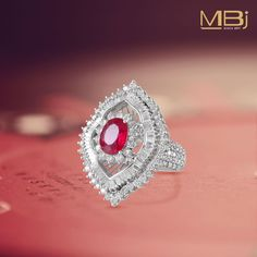 Cocktail diamond ring with round and baguette shaped diamonds with semi-precious stone Ruby Jewelry, Diamond Jewellery, Jewelery, Simple Rings, Rings Cool, Pretty Rings, Beautiful Rings, Rings N Things, Finders Keepers