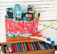 You'll be ready to grab your supplies and head out the door with the Projects To-Go Tote Kit. Featuring multiple outside slip pockets and wide fabric handles, this bag is is perfect for keeping essentials organized. To sew this accessory, you'll receive a pattern and three coordinating cotton-poplin fabrics from Cotton + Steel, featuring an array of chic geometric prints.