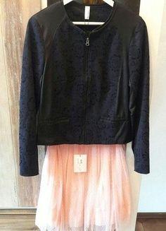 Kaufe meinen Artikel bei #Kleiderkreisel http://www.kleiderkreisel.de/damenmode/knielange-rocke/147658530-super-paket-preis-tullrock-mit-edlem-blazer-jacke-mit-reissverschluss