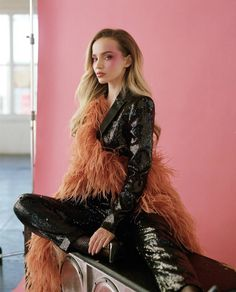 Dove Cameron, Sofia Carson, Sabrina Carpenter, Female Singers, Celebs, Celebrities, Long Hair Styles, Beauty, Schon Magazine