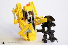 Learn How To Build An 'Aliens' Power Loader With LEGO