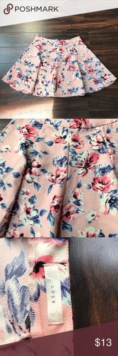 """Pink floral skirt NWOT. Fits size 10-12. Length 16"""". Waist 31"""". Lush Skirts A-Line or Full"""