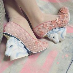 Офигенные туфли на каблуке, с единорогами