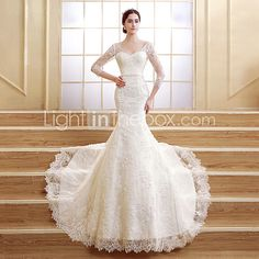 Trumpet/Mermaid Petite Wedding Dress - Ivory Court Train V-neck Lace - USD $199.99