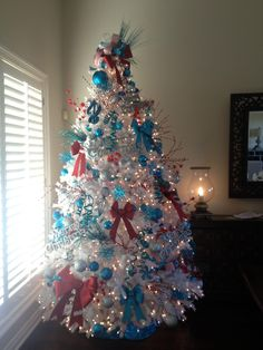 Our blue and red Christmas tree.