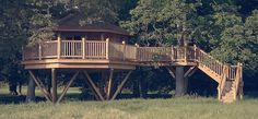 Bagthorpe Treehouse – Burnham Market, Norfolk. A luxurious, cosy treehouse perched in the grounds of a country house near the Norfolk coast.