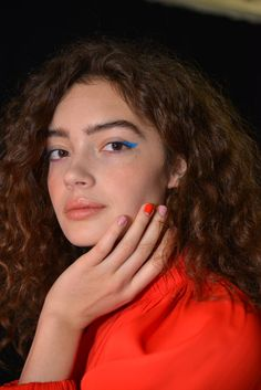 Fall 2018 Nails Trends - Nail Art And Nail Trends For Fall Winter 2018 Best Nail Polish, Nail Polish Art, New York Fashion Week 2018, Fall Nail Trends, Ring Finger Nails, Red Nail Art, Latest Nail Art, Colorful Nail Designs, Nude Nails
