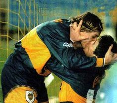 """FOOTBALL KISS - French Kiss - The kiss involving the tongue. Some call this the """"Soul Kiss"""" because the life and soul are thought to pass through the mouth's breath in the exchange across tongues. Surprisingly, the French call this """"The English Kiss"""". Soccer Couples, Soccer Guys, Cute Gay Couples, Football Players, Premier League, Argentina Football, Diego Armando, Cute Black Guys, Football Is Life"""
