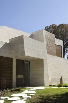 """A-cero """"Marble & Bamboo"""" House"""